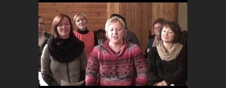 Pie Dzemdību nama notiks zibakcija - aicina kopā dziedāt dziesmu 'Circenīša Ziemassvētki'