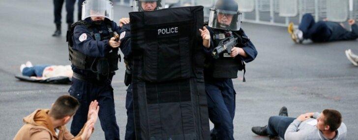 EURO 2016 gaidās Francijā aizvada apjomīgas pretterorisma mācības
