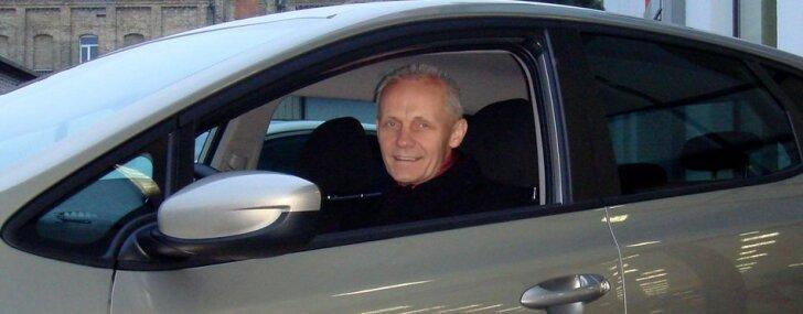 Andris Dambis vērtē 'Kia' automobiļus