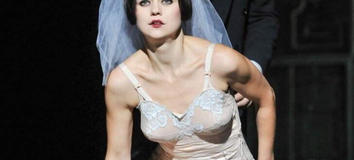 Foto: Andreja Upīša 'Sieviete' uz Nacionālā teātra skatuves