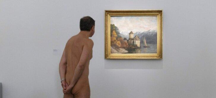Parīzes mākslas galerija ver durvis nūdistiem