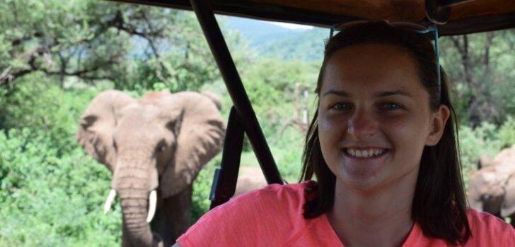 Čūskas, safari un eksotiskā Āfrika: latviete divus mēnešus strādā Tanzānijā