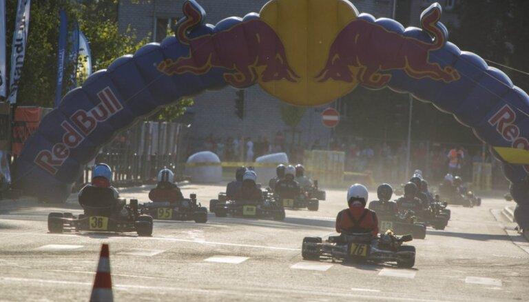 'LMT Autosporta Akadēmijas' Skolu kartingu kausā pirmo uzvaru gūst Smiltenes tehnikuma komanda