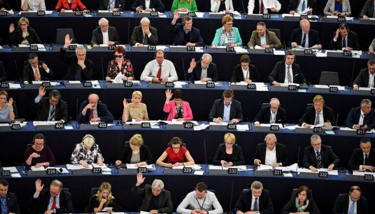 EP nebalsos par 'Brexit' vienošanās ratificēšanu pirms Lielbritānijas
