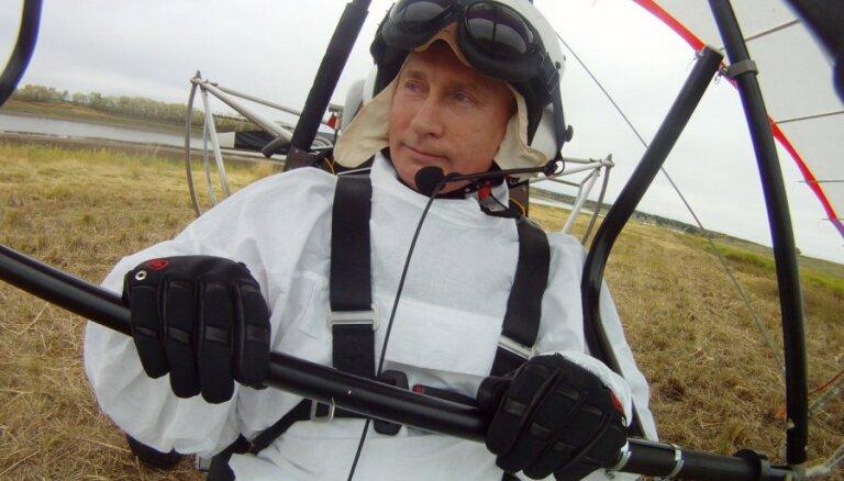 В Подмосковье разбился учивший Путина летать со стерхами авиаинструктор