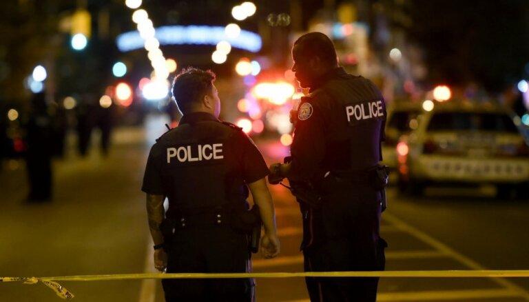 Toronto 'Raptors' svinībās pēc šāvieniem ievainoti četri cilvēki