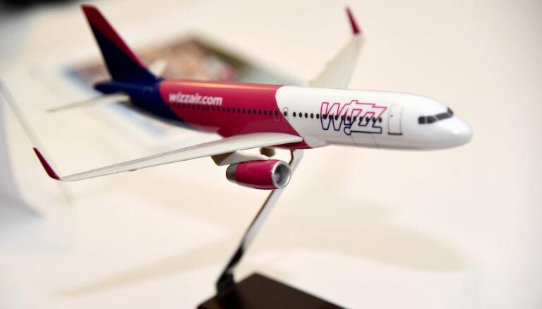 Ar jauno elektronisko datu pārvaldības sistēmu 'Wizz Air' atbrīvo pilotu kabīnes no papīriem