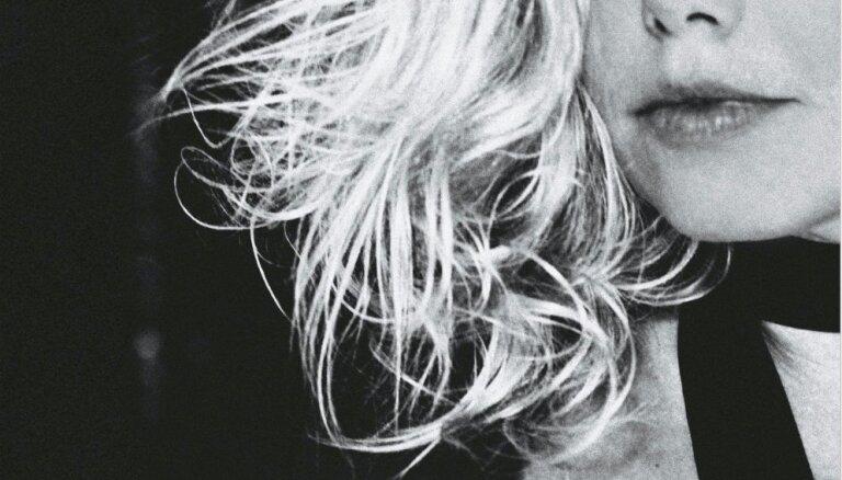 Noklausies! Izdots Lindas Leen jaunākais singls 'Lover'