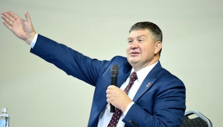 ФОТО: Калвитис переизбран президентом Латвийской федерации хоккея