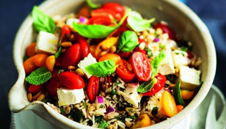 Lielais gavēnis: noderīgi ieteikumi, kā sagatavot organismu ēšanas ierobežojumiem