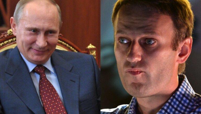 Putins apgalvo, ka personīgi atļāvis Navaļnija pārvešanu uz Vāciju