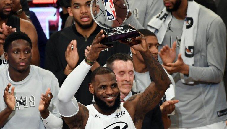 Izvēlēti NBA Zvaigžņu spēles komandu sastāvi