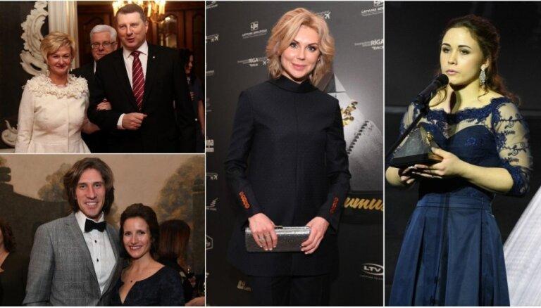 Elegance un spilgti pārīši: viesu stils sporta balvas ceremonijā