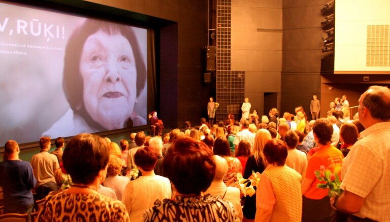 Dokumentālo filmu 'Tev, Rūķi!' sāk izrādīt Latvijā