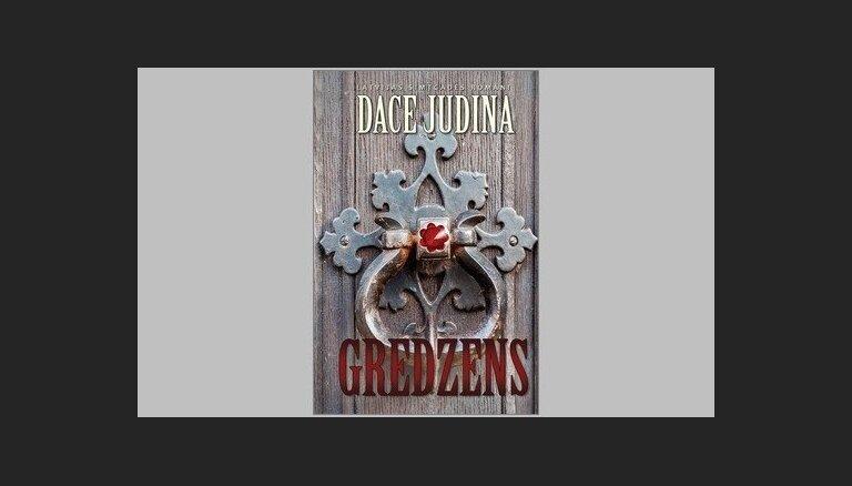Iznākusi Daces Judinas cikla 'Latvijas simtgades romāni' otrā grāmata 'Gredzens'