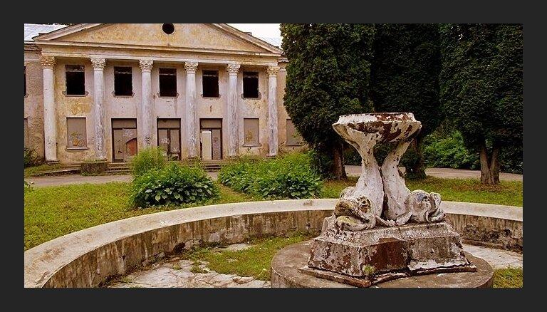 Grasās nojaukt vēsturisko Baldones sanatorijas ēku; iedzīvotāji vāc parakstus