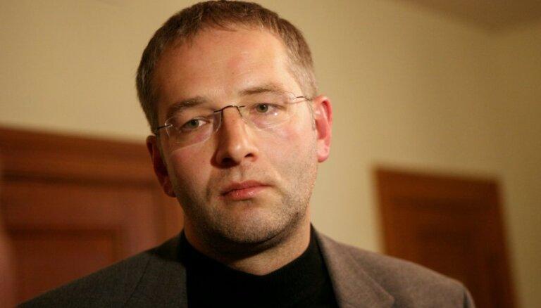Политик: против Ушакова можно выдвинуть Домбурса или Штелмахерса