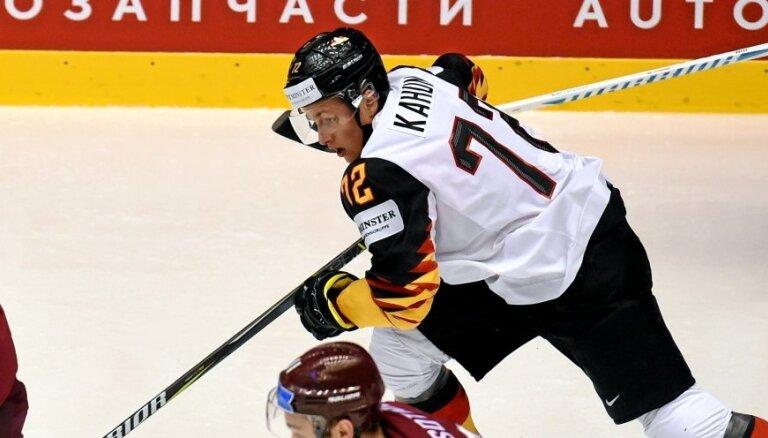 Vācijas hokeja izlase sastāvā pieteikusi 'Oilers' uzbrucēju Kahunu