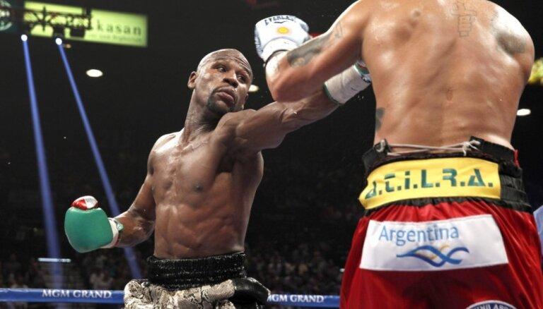 Лидером списка богатейших знаменитостей Forbes стал боксер