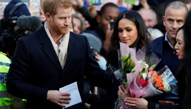 Британия: призыв убрать бездомных с улиц перед свадьбой принца Гаррри привел к скандалу