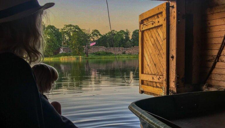 Namiņš ar laivu 'puncī'. Līču ģimenes sapņa piepildījums Alūksnes ezerā