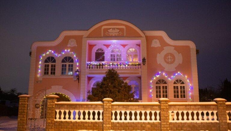 23 krāšņi rotātas ēkas – Ķekavas novadā turpinās Ziemassvētku dekoru konkurss