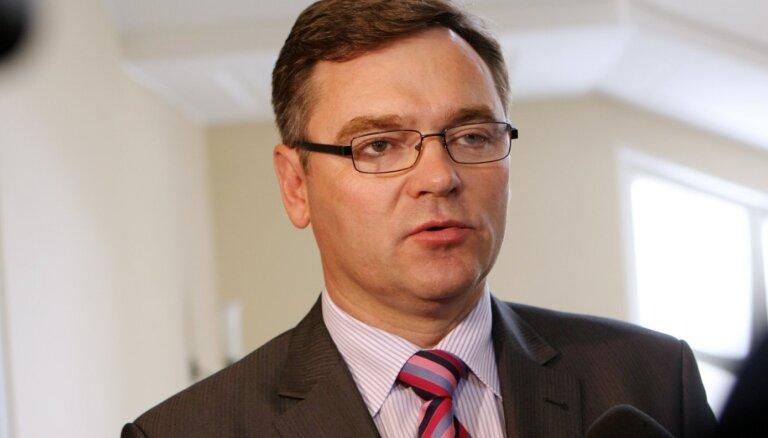 Ilggadējo domes vadītāju Švarcu pārvēl Rēzeknes novada domes priekšsēdētāja amatā