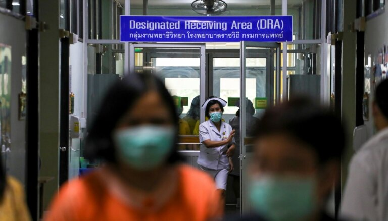 """Вылечиться от коронавируса: тайские врачи создали """"коктейль"""" из лекарств. Похоже, это работает"""