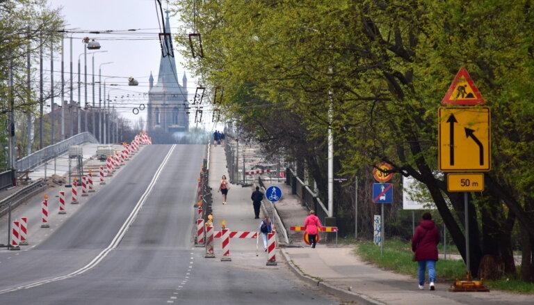Деглавский мост в этом году не закончат, судьбу моста Брасас решит Стройуправа