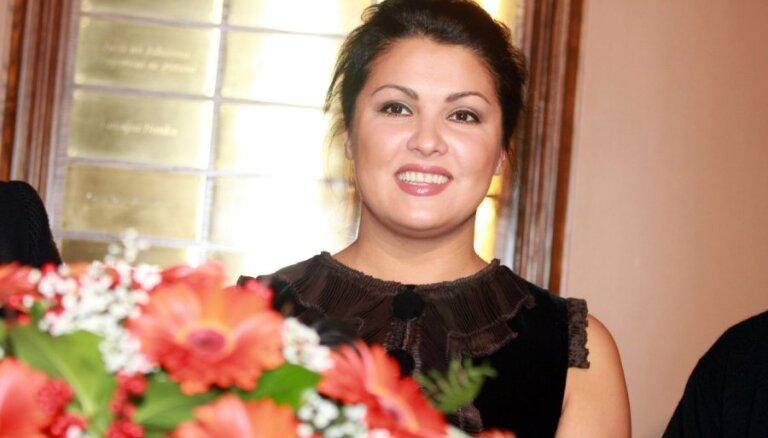Анну Нетребко объявили певицей года в классической музыке