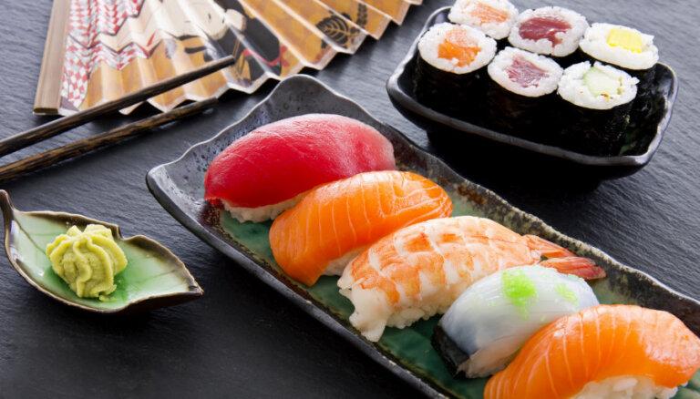Крутим роллы: все, что вы хотели знать про суши (+ рецепт для новичков)