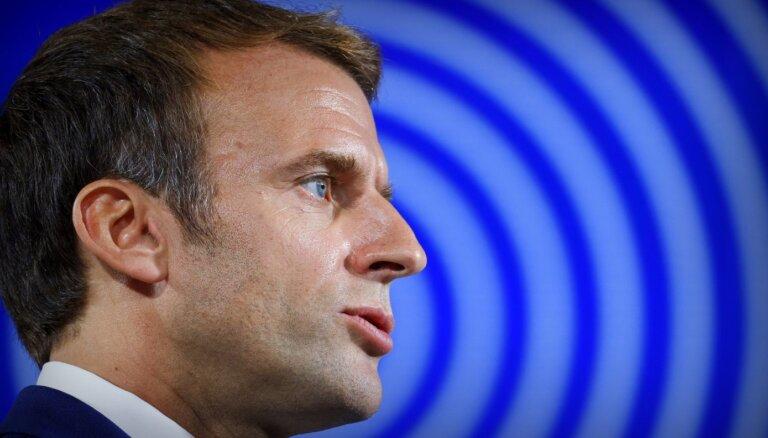 Priekšvēlēšanu laikā Makrons sola Francijas reindustrializācijā ieguldīt 30 miljardus