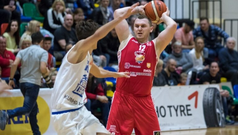 'Jēkabpils' basketbolisti LBL mačā otro reizi divās nedēļās zaudē 'Ogre/Kumho Tyre'; 'Liepāja/Triobet' uzvar 'Jūrmala/Fēnikss'