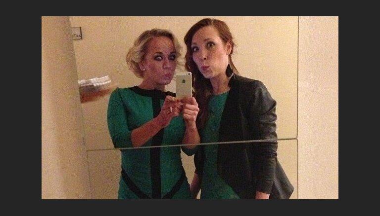 Kāpēc populāri latvieši sevi bildē spogulī?