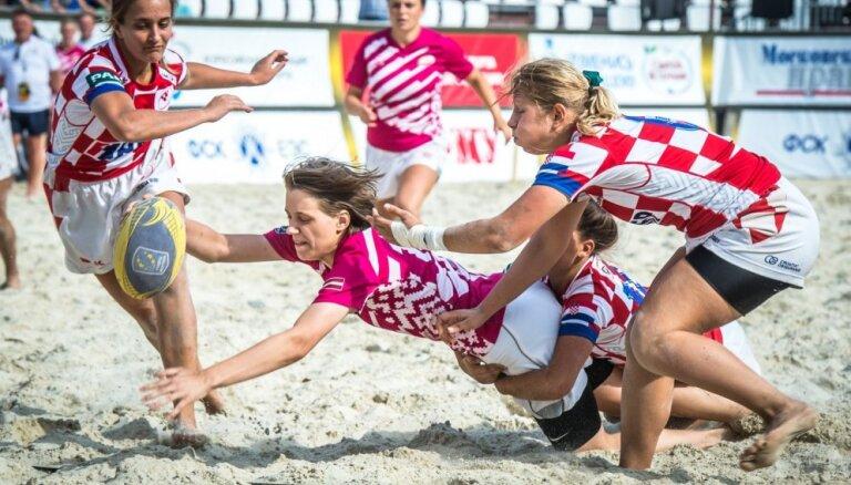Latvijas dāmu izlase pludmales regbijā izcīna Eiropas čempionāta bronzas medaļas