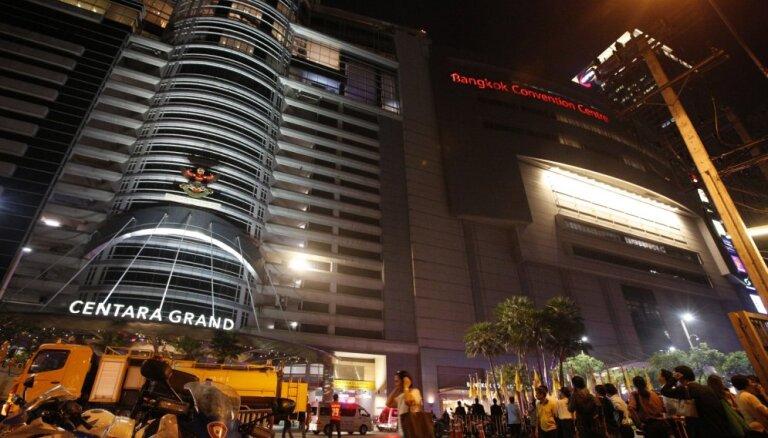 Liesmās Bangkokas tirdzniecības centrā gājuši bojā divi cilvēki