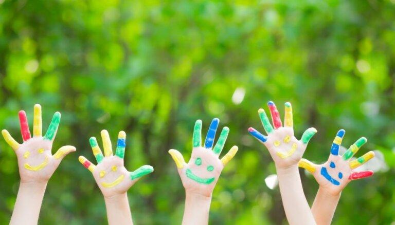 Aktivitāšu cikla laikā 'Tā tik ir vasara!' skolēniem būs iespēja uzrāpties Brīvības piemineklī