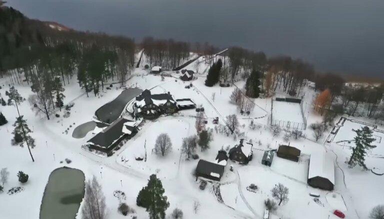 Video: Kaimiņš publicē Lemberga lepnā īpašuma video