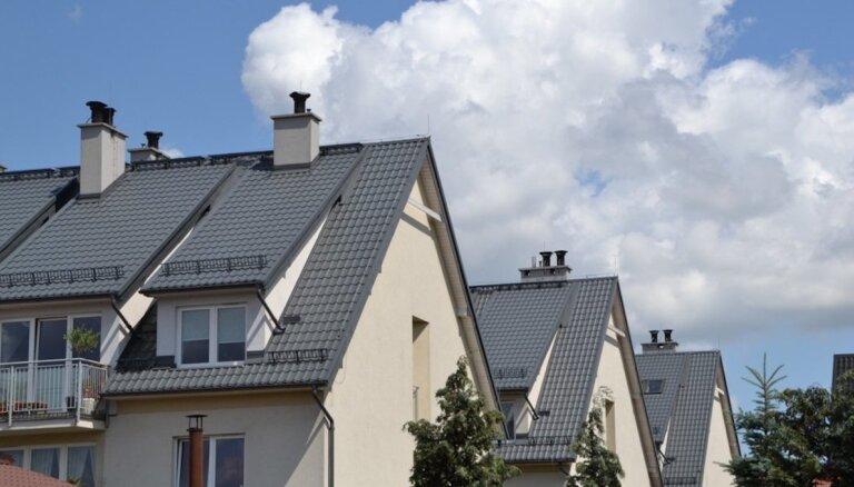 Kāpēc Eiropā tā ciena metāla jumtus