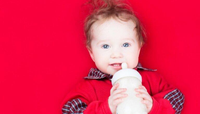 Kad zīdaiņa ēdienkartē ieviest piena produktus
