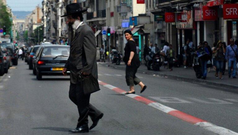 Число жертв антисемитских атак достигло рекорда впервые за четверть века