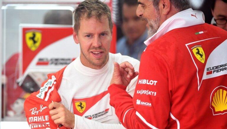 Fetels uz trim gadiem pagarina līgumu ar 'Ferrari'