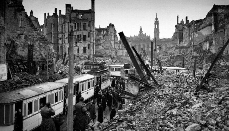 Vēsturiski foto: Drēzdene pēc sabiedroto bezjēdzīgās bombardēšanas