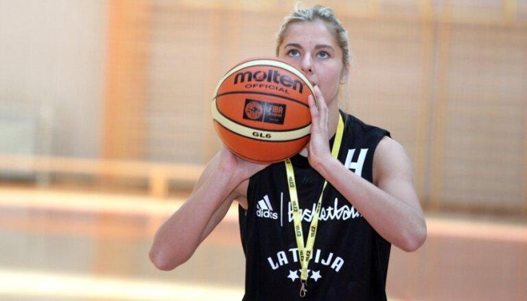 Jansones un Babkinas pārstāvētajām vienībām zaudējumi FIBA Eirolīgas cīņās; Tamanei 'double-double' uzvarētā mačā