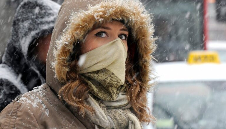 В среду во многих местах в Латвии ожидается небольшой снегопад