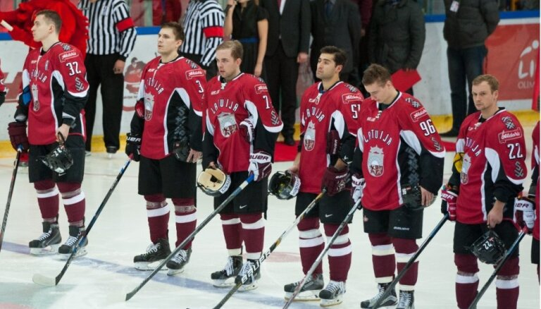 Latvijas hokeja izlase ar maču pret Itāliju noslēdz pārbaudes turnīru Liepājā