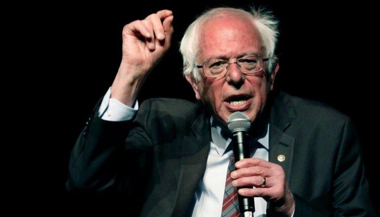 Sociālists Sanderss: militarizācija ASV ārpolitikā jāsamazina