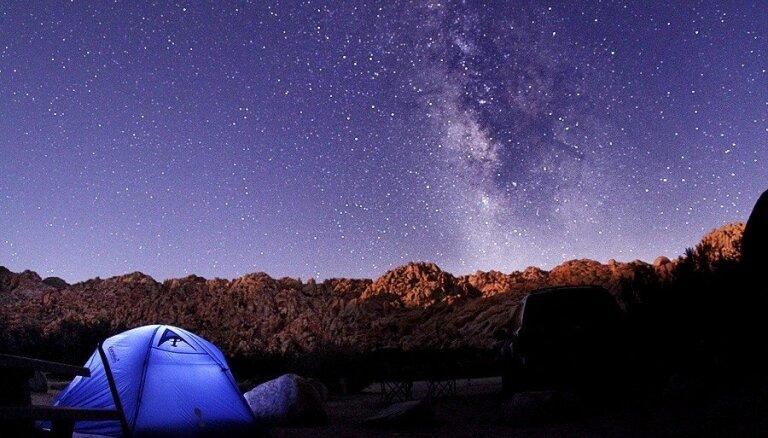 10 pasaules izcilākās vietas romantiskai zvaigžņu vērošanai