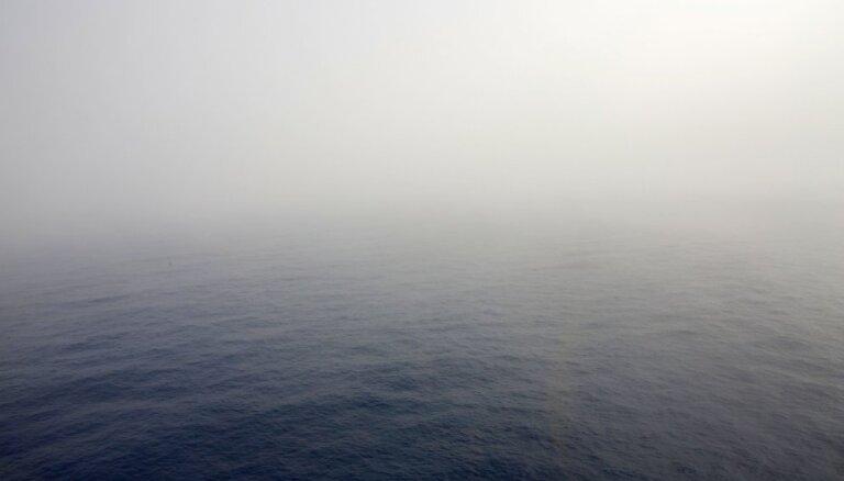 Kamerūnas ostā no Grieķijas tankkuģa nolaupīti astoņi jūrnieki