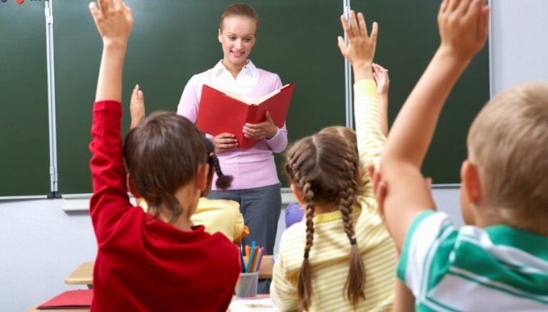 Друвиете: в школах Латвии оправдывают советскую оккупацию